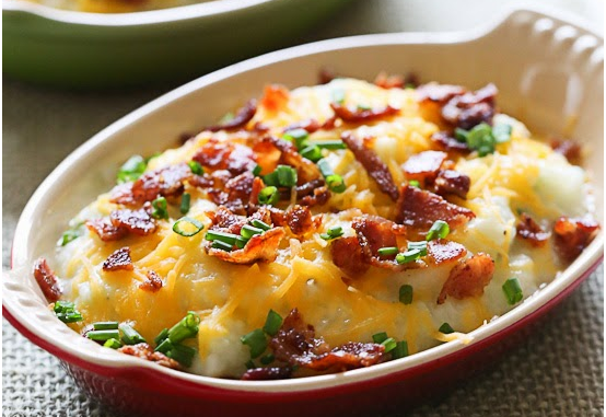 "Loaded Cauliflower ""Mash"" Bake - 2 Smartpoints"