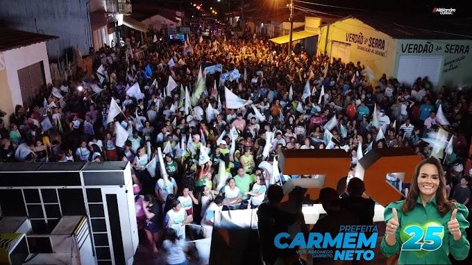 Em Mata Roma, população em massa nas ruas declaram apoio à candidata Carmem Neto 25