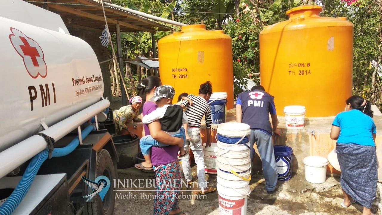Bantu Atasi Kekeringan, PMI Kebumen Mulai Salurkan Air Bersih