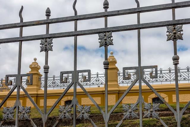 As grades no Reservatório do Alto São Francisco - detalhes