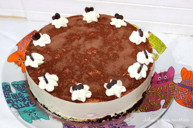 Tarta brownie de chocolate con mousse de baileys. Julia y sus recetas