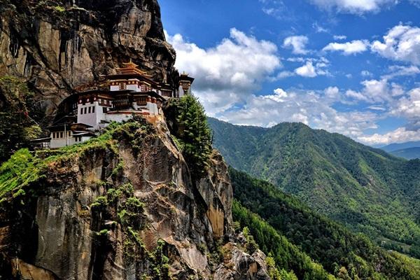 วัดทักซัง (Taktsang Monastery: སྤ་གྲོ་སྟག་ཚང)