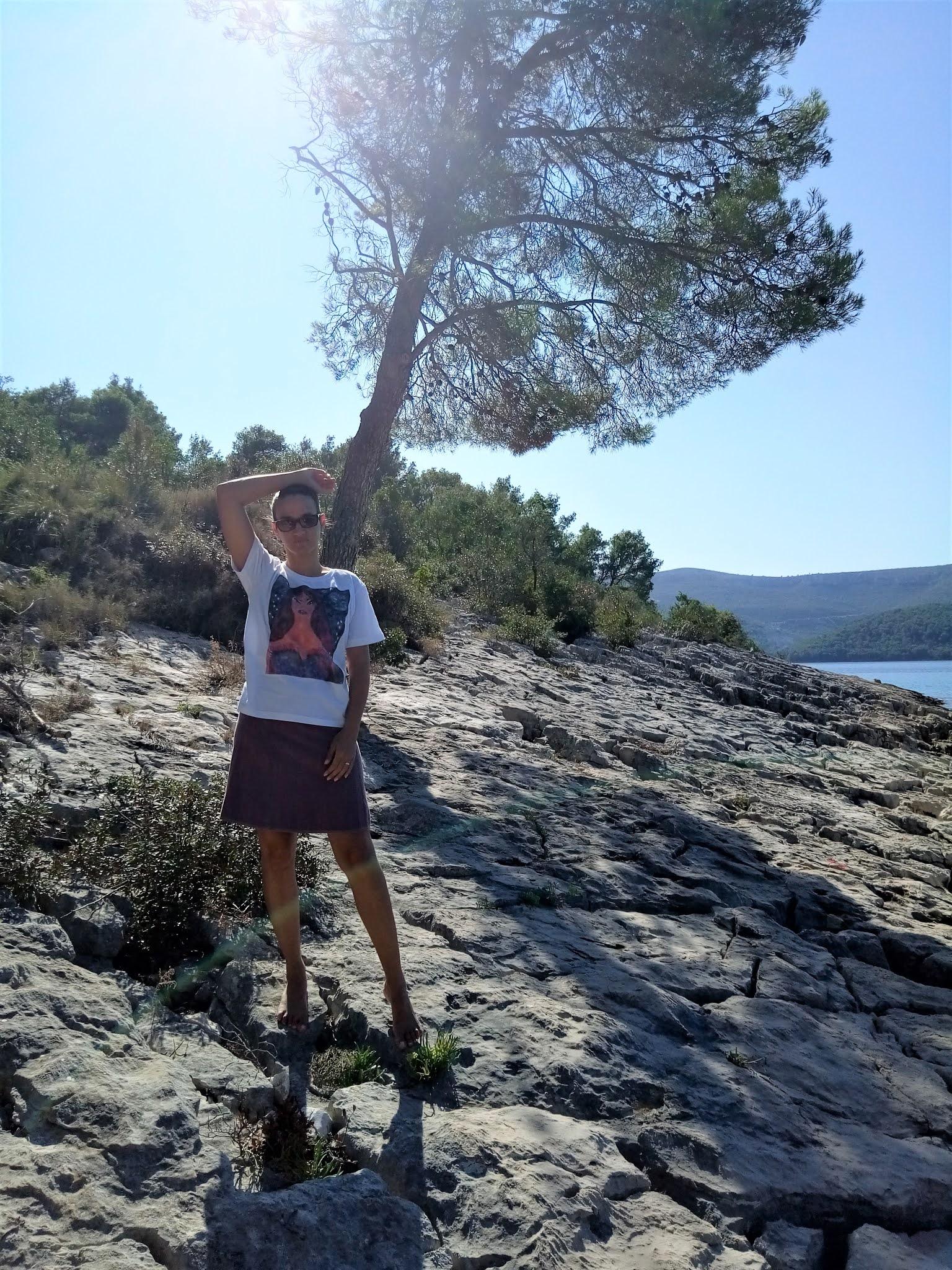 #modaodaradosti brizenica bay graphic t-shirt