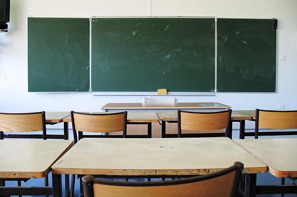Val-d'Oise : Un adolescent de 13 ans en garde à vue pour avoir menacé de mort la directrice de son collège
