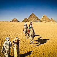 LLegando a las pirámides egipcias