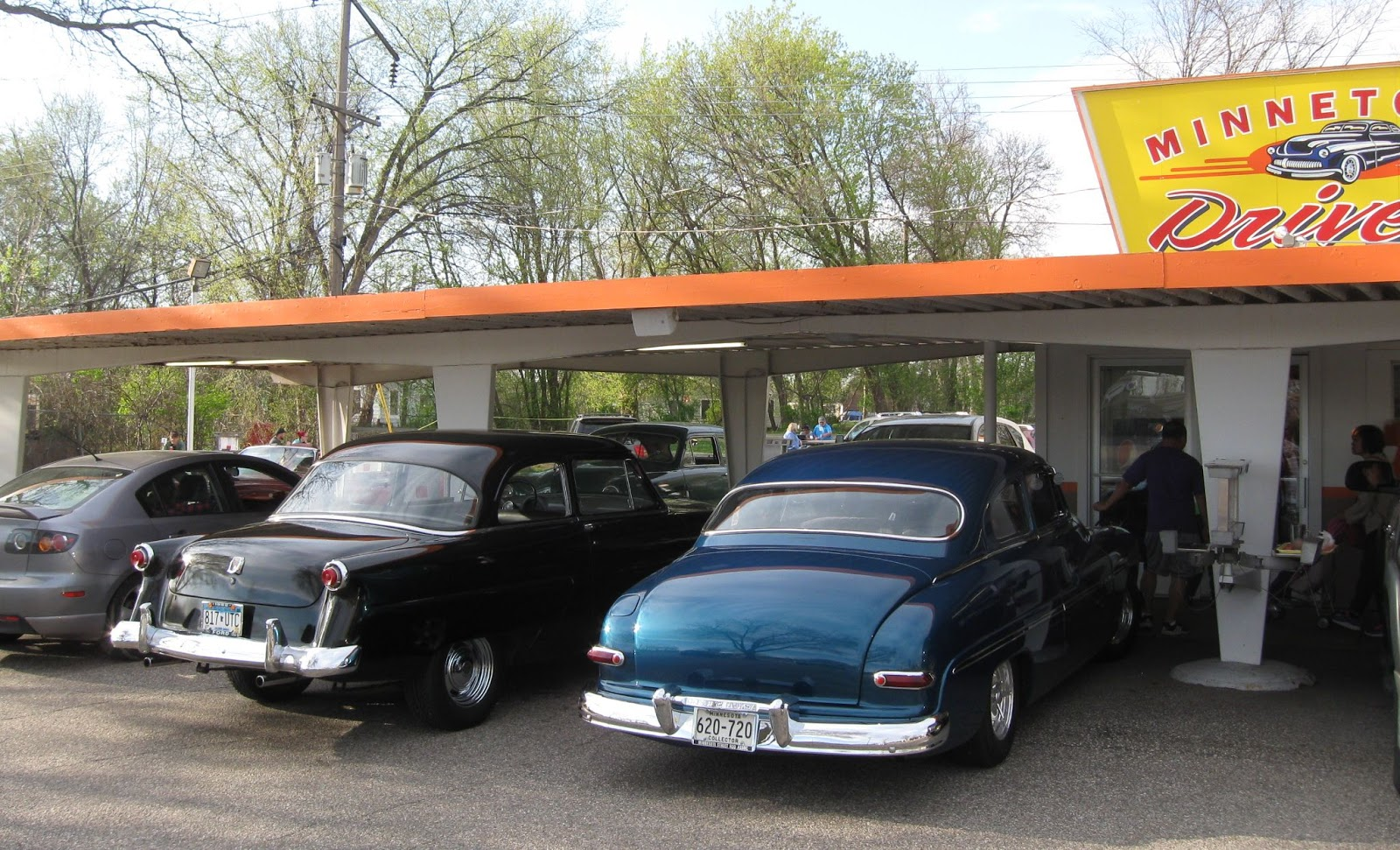 Tonka Cruzers Car Club: Minnetonka Drive In