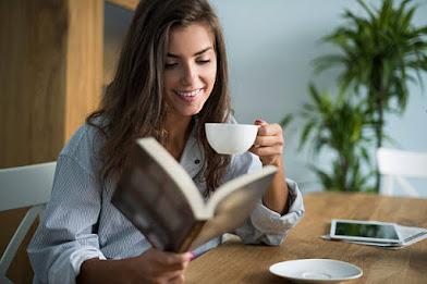 किताब पढ़ने की आदत कैसे बनाएं, Best ways to improve the reading habit