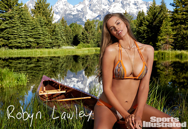 Robyn Lawley flaunt curves for Sports Illustrated Swim 2015