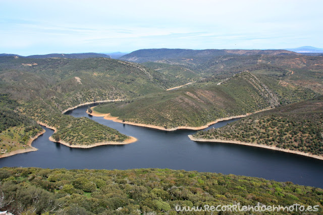 Río Tajo a su paso por Monfragüe