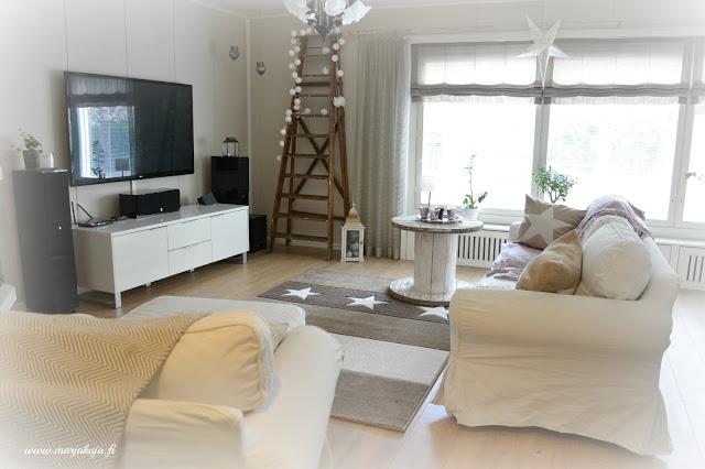 olohuone sisustus vuonna 2015 olohuoneen sisustus boho ektorp sohva livingroom maalaisromanttinen