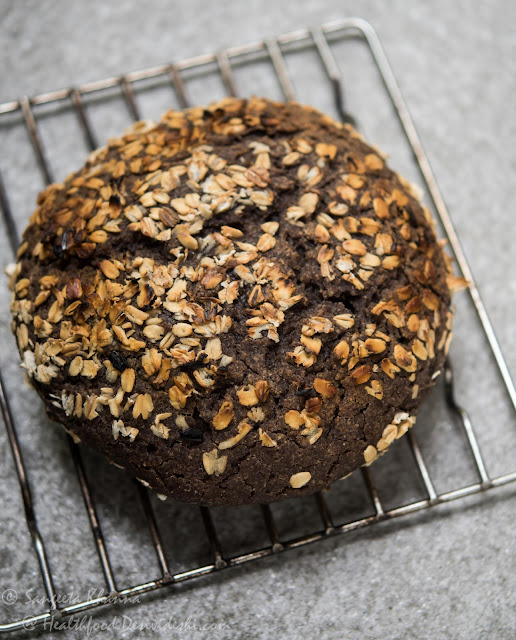 sourdough ragi bread baked in a claypot