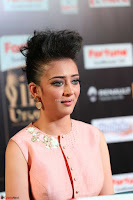Akshara Haasan in Peachy Crop Top Choli Skirt at IIFA Utsavam Awards 43.JPG
