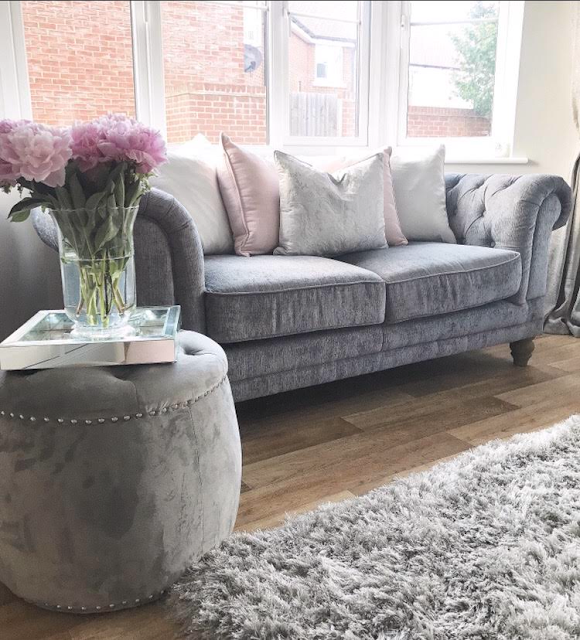 Luxurious inspirational grey and pink lounge