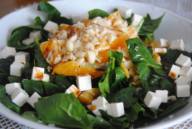 Ensalada de Espinacas, Naranjas y Nueces de Macadamia