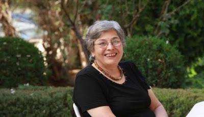 رضوى عاشور كاتبة روائية أدبيه عربية مصرية كتب روايات كتاب ادب رواية