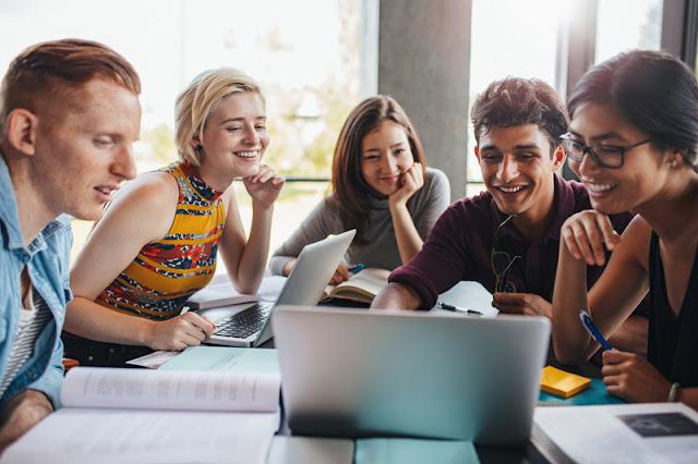 Online College Professor Jobs - Is The Most Popular Online Professor!