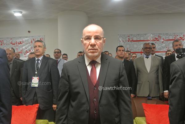 وزير الشؤون الدينية يوضح بشأن صلاة التروايح