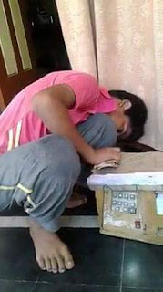 (bidiyo) Wani yaro dan indiya yakera ATM machine
