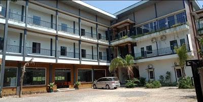 Bandengan Beach Hotel Jepara Membuka lowongan kerja untuk ditempatkan di Hotel River Side, berikut posisi dan syarat yang dibutuhkan :