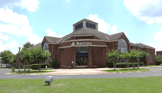 What are Regions Bank Hours of Operations?