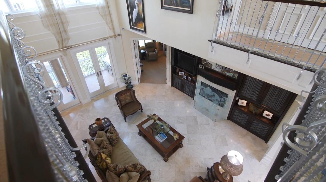 32 Interior Design Photos vs. 1237 Isabel Dr, Sanibel, FL Luxury Home Tour