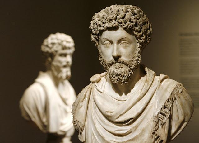 كيف تكتسب الشجاعة و الثبات حسب الفلسفة الرواقيّة؟
