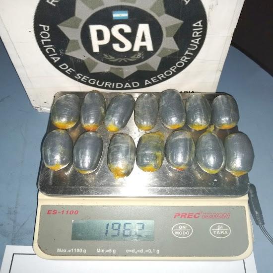 Detenido en el aeropuerto con 2 kilos de cocaina