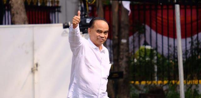 Jokowi Pilih Relawan Jadi Wamen, Pengamat: Mereka Bukan Profesi, Tidak Pantas Minta Jabatan