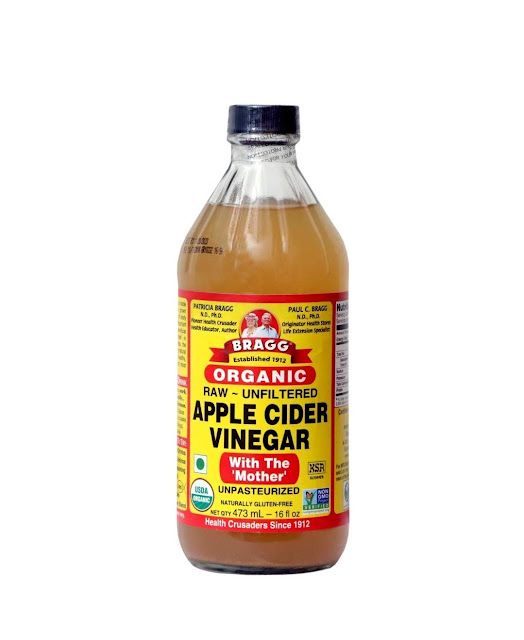 How to get rid of dandruff naturally with apple cider vineger