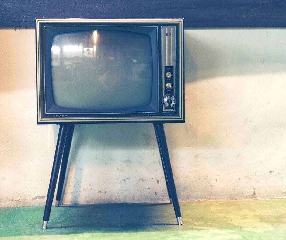 reading-listening-watching-10-tv