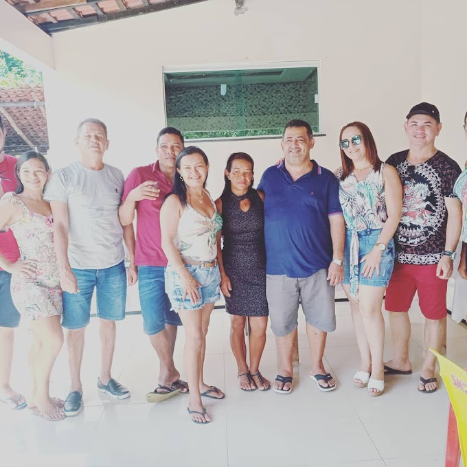 Prefeito eleito Besaliel esteve  num almoço em familia de Jayra e Pilene no bairro nicolau.