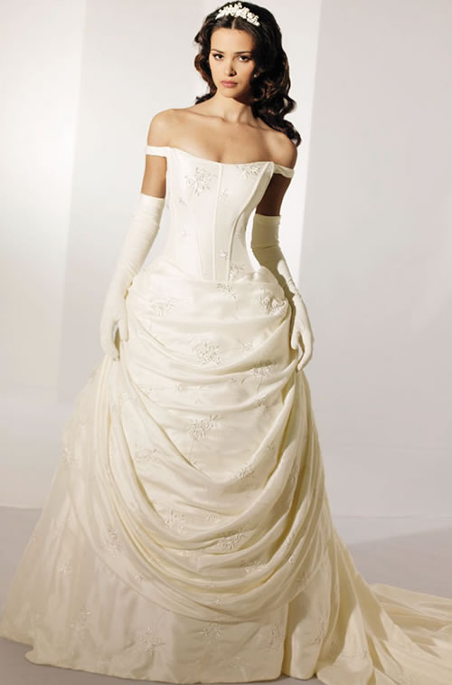 Beautiful Ivory Bridal Dress