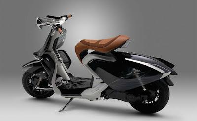Yamaha 04Gen Concept Scooter  0