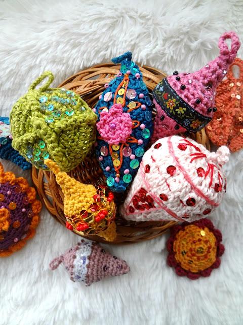 Bohemian Christmas Ornaments – pattern release