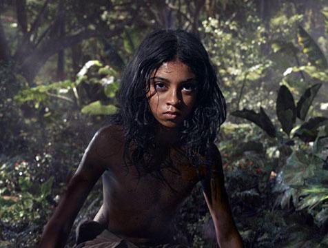 Mowgli (Rohan Chand) en Mowgli, la leyenda de la selva - Cine de Escritor