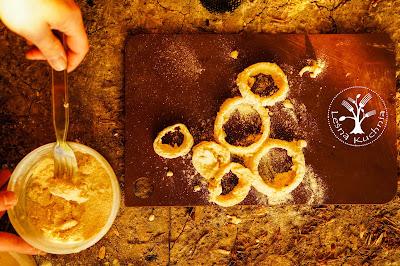 Krążki cebulowe onion rings z ogniska