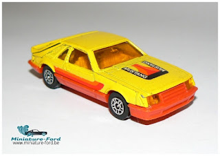 Corgi Ford Mustang Cobra