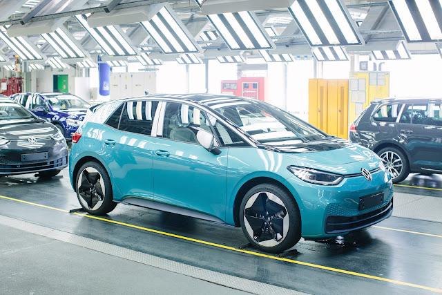 Volkswagen'in elektrikli modeli ID.3'ün üretimi başladı