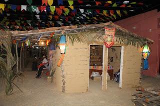 Bodega e tenda do artesanato atrativos do São João de Cuité