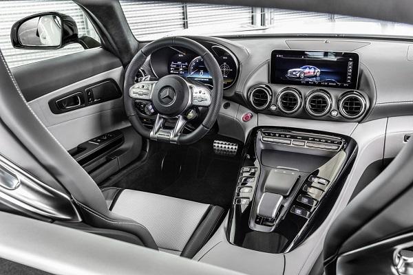 Mercedes-AMG GT 2019 Interior