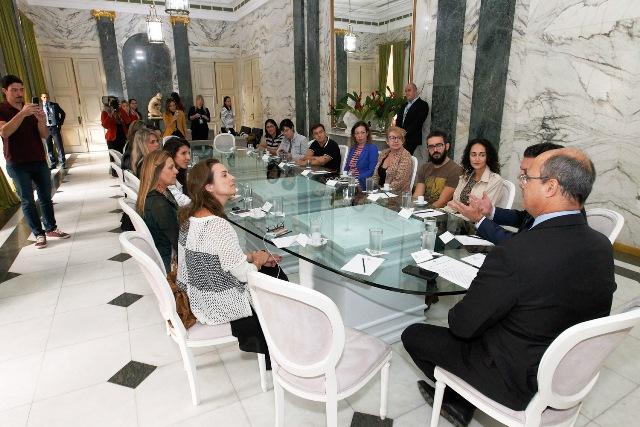 Salão Verde onde fomos recebidos pelo governador. Foto de Nelson Perez