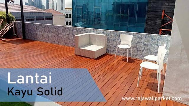 lantai kayu untuk rooftop restaurant