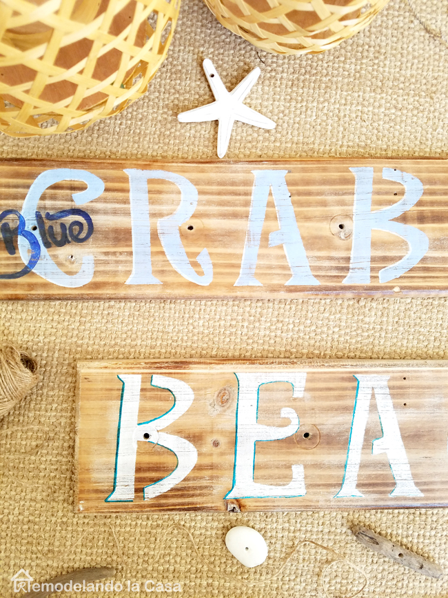 blue crabs and beach summer signs - DIY