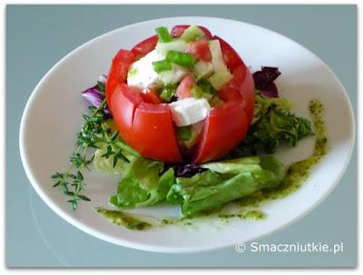 Pomidory faszerowane sałatką