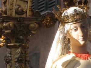 Trastevere, la Festa de' Noantri e la magia dei suoi vicoli al chiaro di luna - Visita guidata, Roma