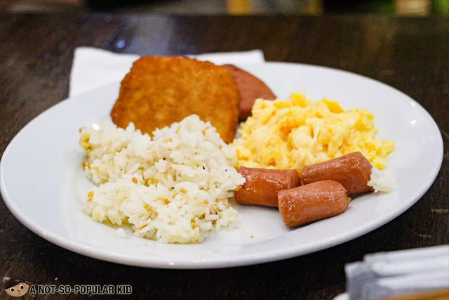 Breakfast plate - enjoying buffet of Bayview Park Hotel