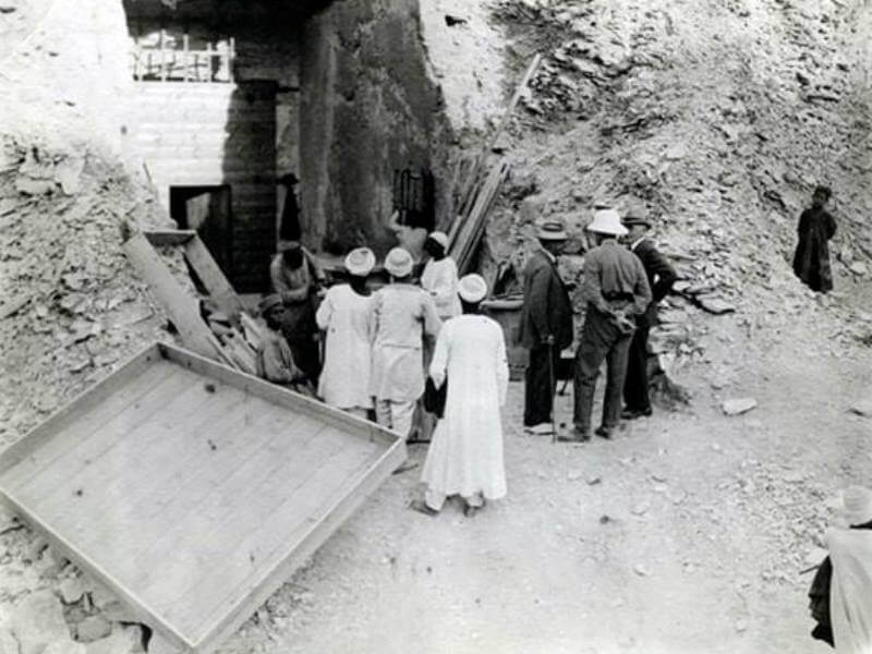 Pintu makam Tutankhamun
