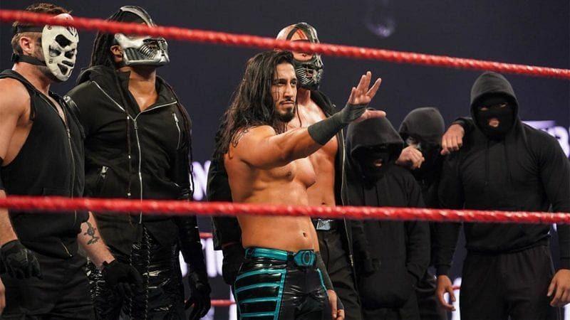WWE tinha grandes planos para a RETRIBUTION no Royal Rumble