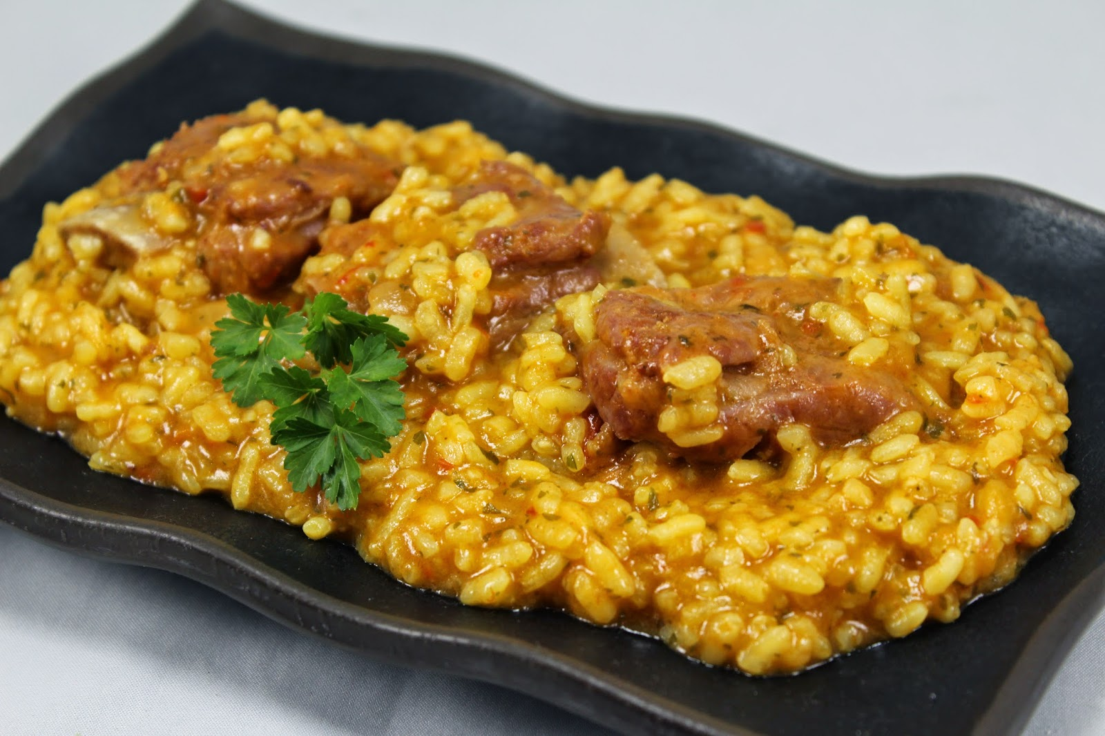 Arroz meloso con costillas adobadas