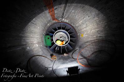 02:25 Uhr - in der LHO werden im Frischluftkanal die Versorgungs- leitungen am neuen Lüfter angeschlossen